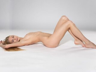 Nude Clairelaire